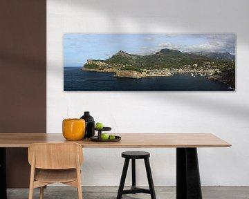 Port de Soller, Mallorca. Panorama 3:1 in groot formaat. van FotoBob