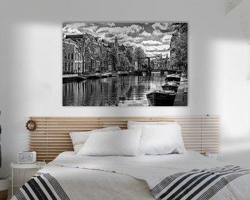 Kloveniersburgwal und die Aluminiumbrücke. von Don Fonzarelli