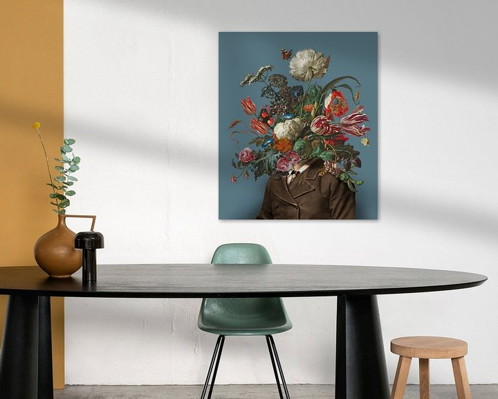Impression: Portrait d'un homme avec un bouquet de fleurs (bleu-gris / rectangulaire) sur toon joosen