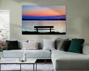 Rive du lac au coucher du soleil