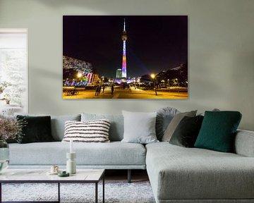 La tour de télévision de Berlin - sous un éclairage particulier
