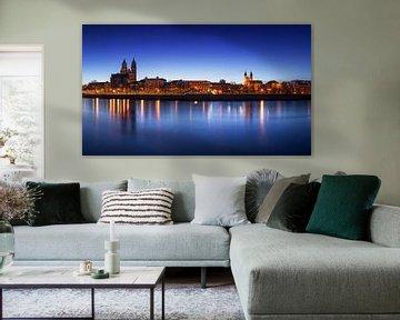Magdeburg Skyline zur blauen S tunde