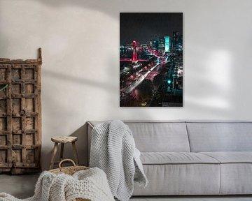 Uitzicht over Rotterdam in de regen van De Straatplaat