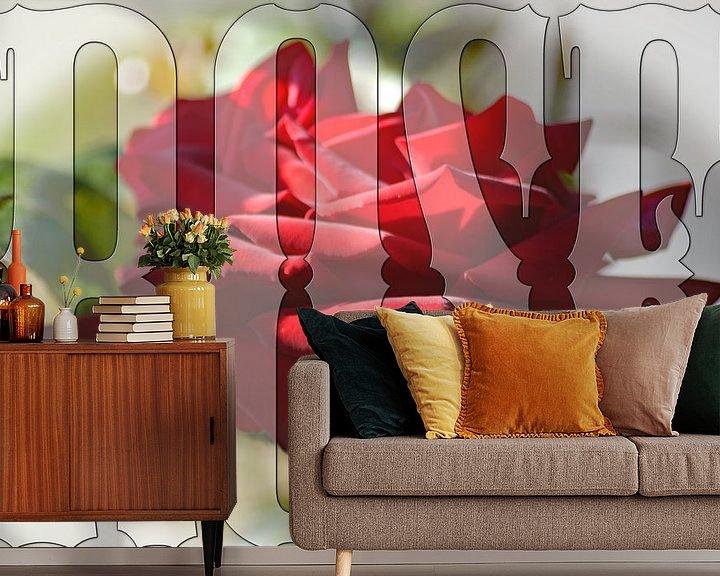 Sfeerimpressie behang: Perfecte rode roos van Wieland Teixeira