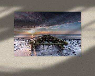 Westkapelle zonsondergang van Linda Raaphorst
