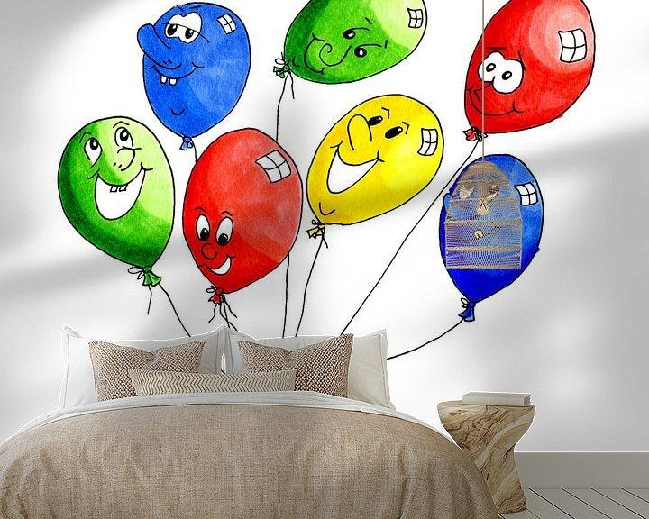 Sfeerimpressie behang: Waterverf illustratie met vrolijke gekleurde ballonnen van Ivonne Wierink