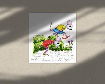 Twee vrolijke muisjes spelen haasje over van Ivonne Wierink