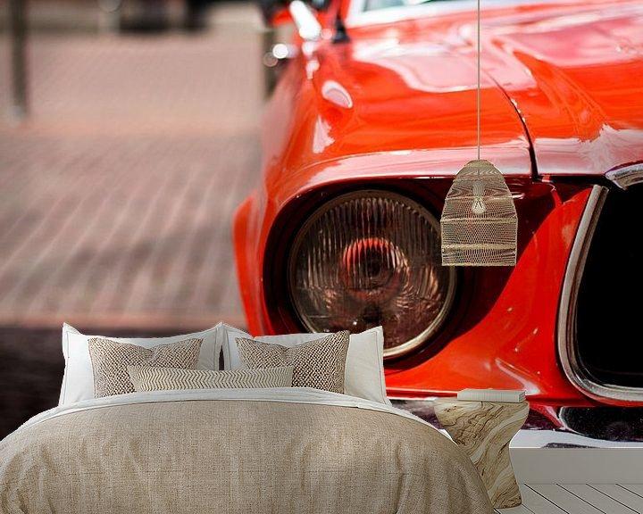 Sfeerimpressie behang: De rode auto van Franziska Pfeiffer