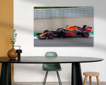 Max Verstappen en action sur le circuit de Barcelone sur Erik Noort