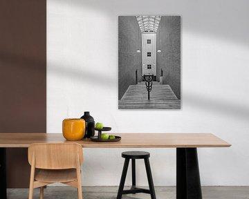 Symmetrie in der Halle von Ellen van Schravendijk