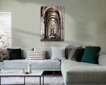 Blick durch die Kathedrale von Laon von Ellen van Schravendijk