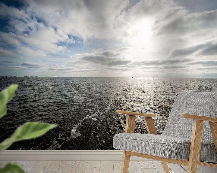 Sfeerimpressie behang: Waddenzee bij hoog water. van Brian Morgan