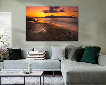 Zonsondergang a, zandstrand op Kreta van Christian Klös