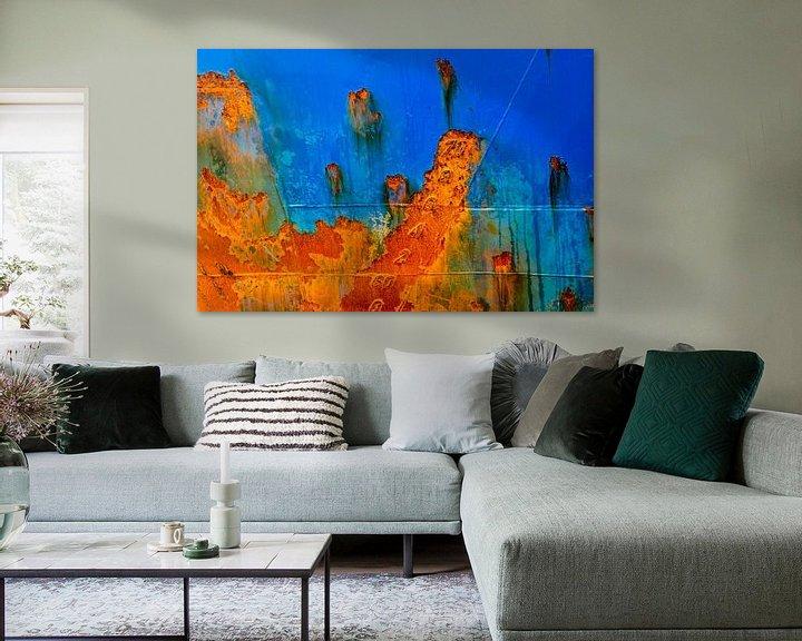 Sfeerimpressie: Scheepsromp in blauw en roestbruin van Frans Blok