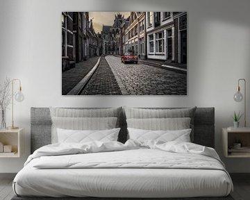 Een triumph in een Dordrechtse straat van Dennisart Fotografie