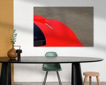 Detail op een rode Ferrari F430 sportwagen van Sjoerd van der Wal