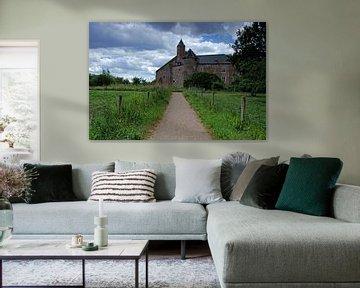 Het pad naar kasteel Waardenburg van Petra Vastenburg