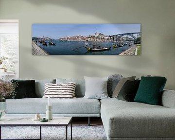 Panorama Porto vanaf de overkant richting de volkswijk Ribeira van Peter Moerman