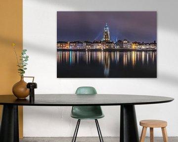 Skyline Deventer in de avond van Dennisart Fotografie