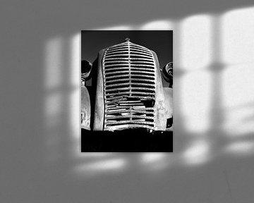 Roestig radiatorrooster van Denis Feiner