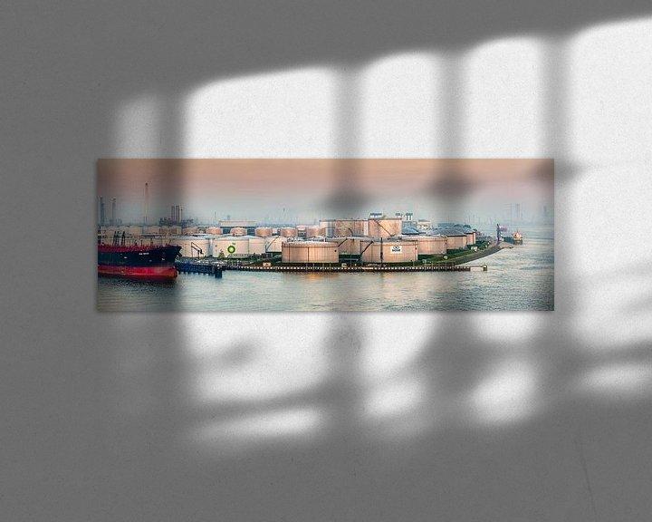 Beispiel: BP-Öllager im Hafen von Rotterdam von Frans Lemmens