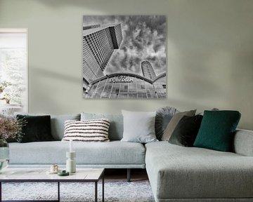 Wilhelminapier Rotterdam zwart wit