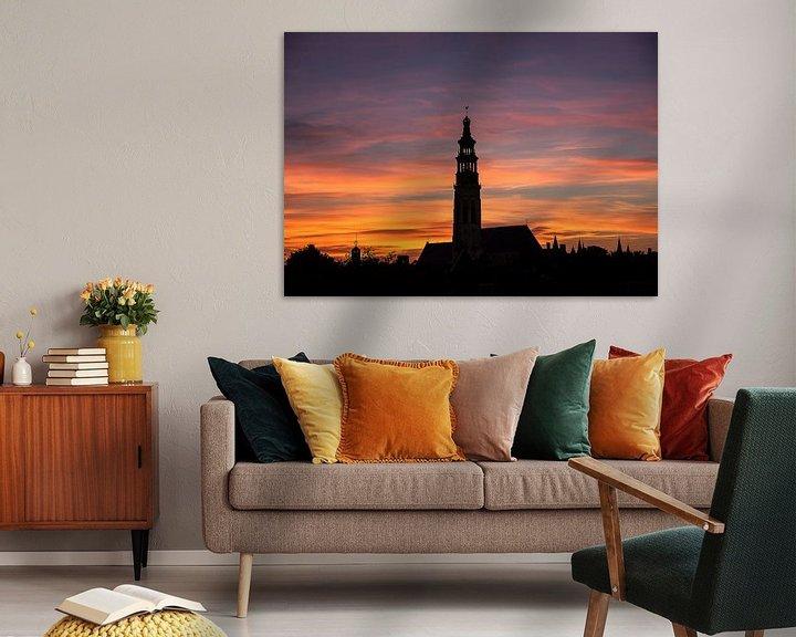 Sfeerimpressie: Silhouet Middelburg bij Zonsondergang van Cornelius Fontaine
