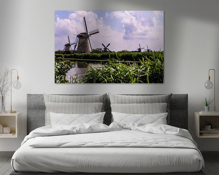 Sfeerimpressie: Windmills in Holland van Brian Morgan
