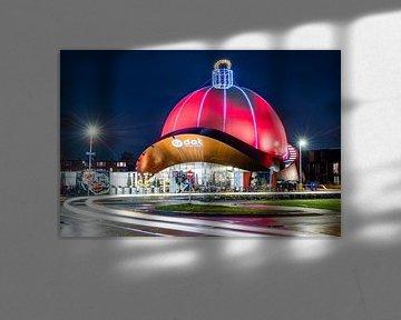De grootste kerstbal van de wereld van Sterkenburg Media