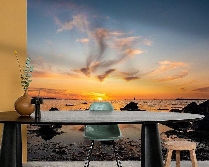 Sfeerimpressie behang: Zonsondergang op de Westerschelde van Brian Morgan