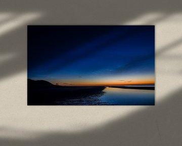Strand Vlieland beleuchtete Nachtwolken von Gerard Koster Joenje (Vlieland, Amsterdam & Lelystad in beeld)