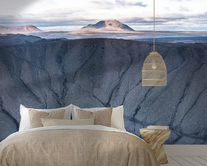 Sfeerimpressie behang: Uitzicht vanuit de krater Hverfell van Leendert Noordzij Photography