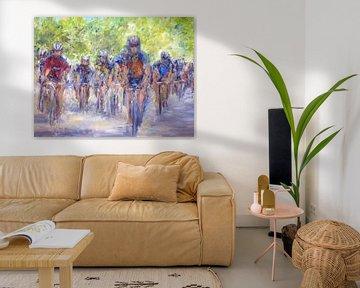 Sport wielrennen fietsen op het hete asfalt van Paul