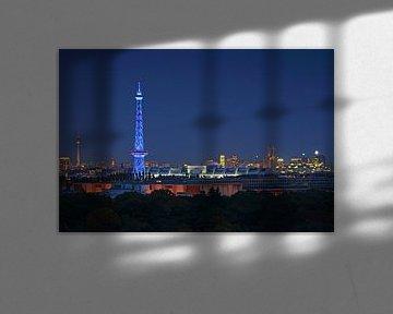 Berlijnse skyline op het blauwe uur van Frank Herrmann