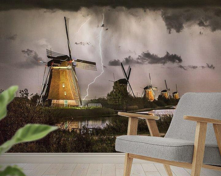 Beispiel fototapete: Blitze an den beleuchteten Windmühlen von Kinderdijk von Frans Lemmens