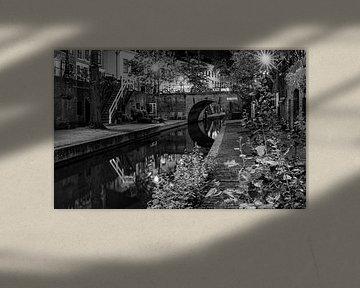 Nieuwegracht Utrecht in zwart wit van Marjolein van Middelkoop