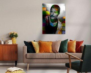 Freddie Mercury Abstract Portret in Geel, Groen, Oranje, Blauw van Art By Dominic