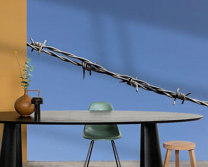 Sfeerimpressie behang: Prikkeldraad van Margreet van Tricht