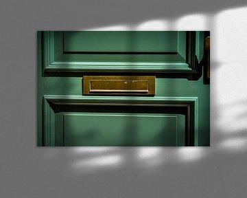 Brass Horizontal Flap Letterbox von Urban Photo Lab