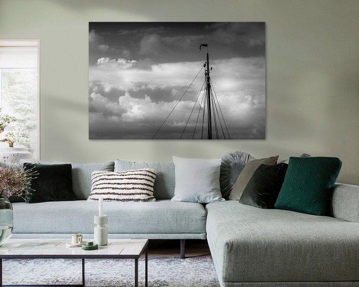 Sfeerimpressie: Minimalisme, de mast van een zeilschip in zwart wit van Margreet van Tricht