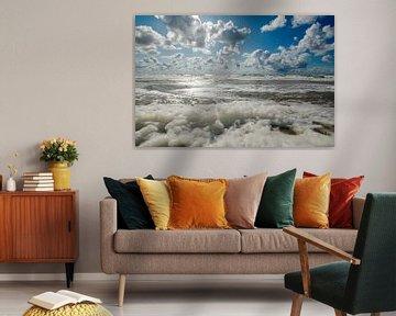 Schaum auf dem Meer von Wim van der Geest