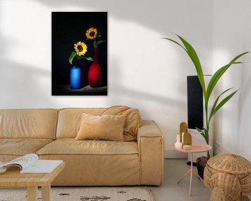 Zomers ,zonnig stilleven met zonnebloemen van Saskia Dingemans