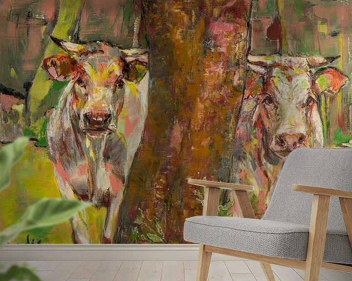 Beispiel fototapete: Zwei Kühe hinter dem Baum von Liesbeth Serlie