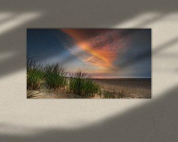 Zonsondergang Renesse strand van Harold van den Hurk