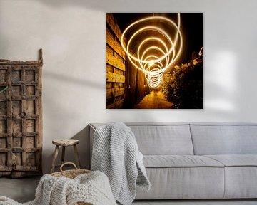 Bewegtes warmes Licht, hohe Verschlusszeit (Lichtkunst) von Jeffrey Steenbergen