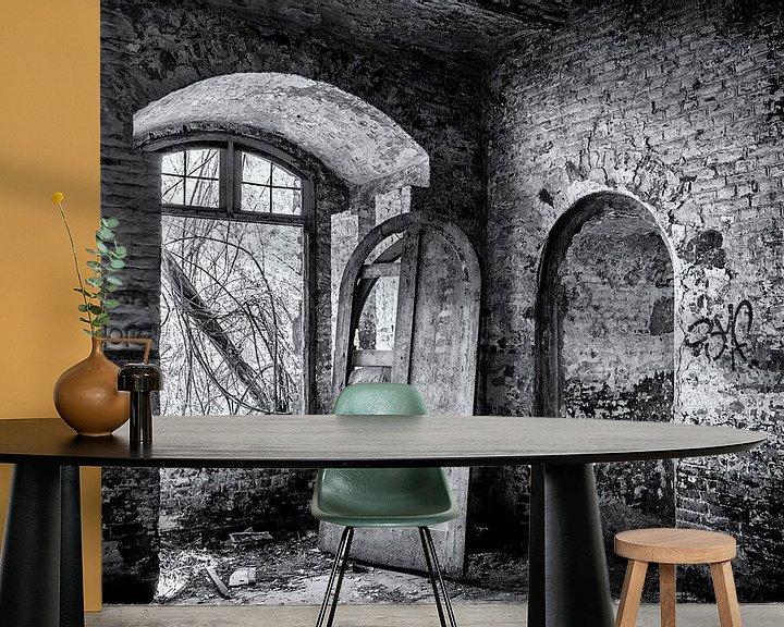 Beispiel fototapete: urbex-Tür in einem alten leeren Gebäude von Ronenvief