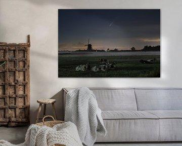 Molenviergang, koeien en komeet Neowise van Wilco Bos