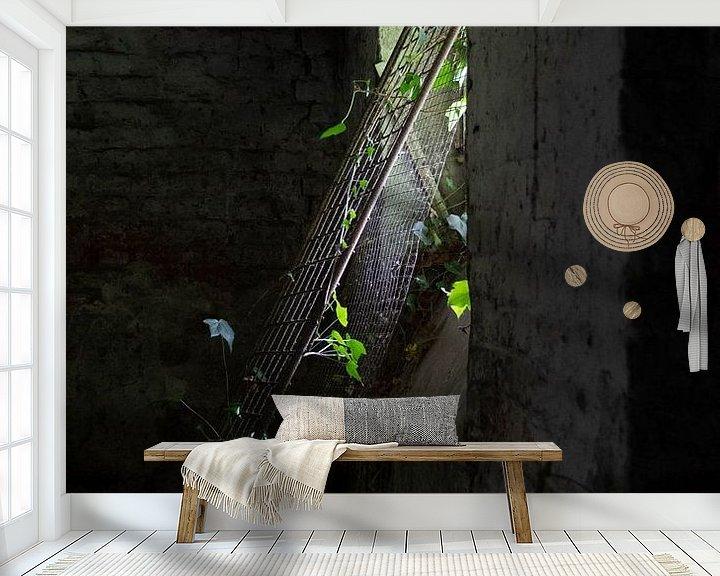 Sfeerimpressie behang: verlaten huis van Simen Crombez