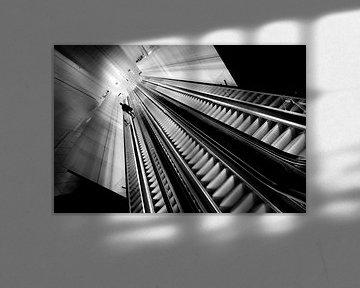 Lange Rolltreppe. von M. van Oostrum