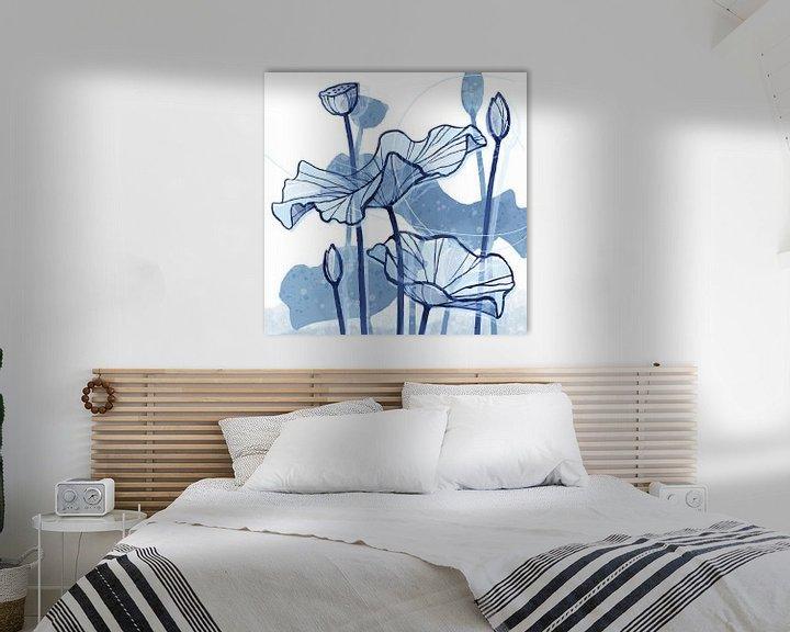 Sfeerimpressie: Lotus Delfstblauw 02 van Ingrid Joustra